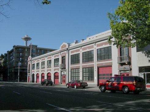 800px-seattle_-_fire_station_no_2_-_01